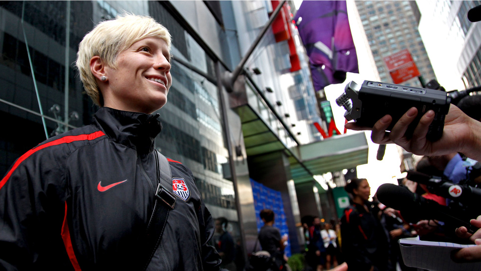 """I'm Gay,"" Says Megan Rapinoe. ""That's Nice,"" Says Everyone."