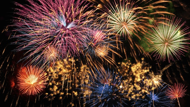 Click here to read How To Take Photos of Fireworks With Your Phone