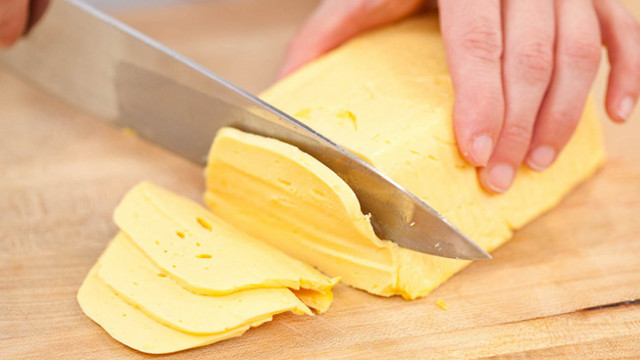 Click here to read DIY American Cheese