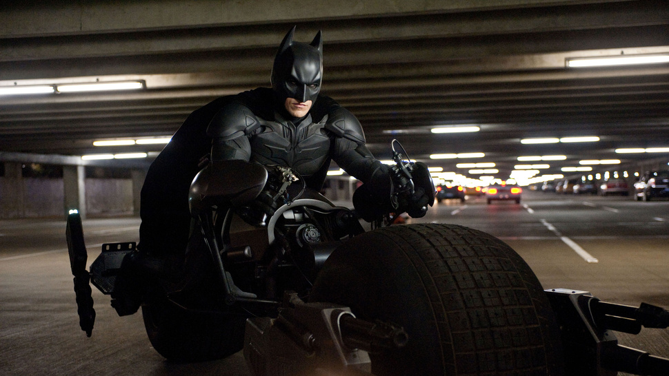 The Motherlode of High-Res <em>Dark Knight Rises</em> Photos