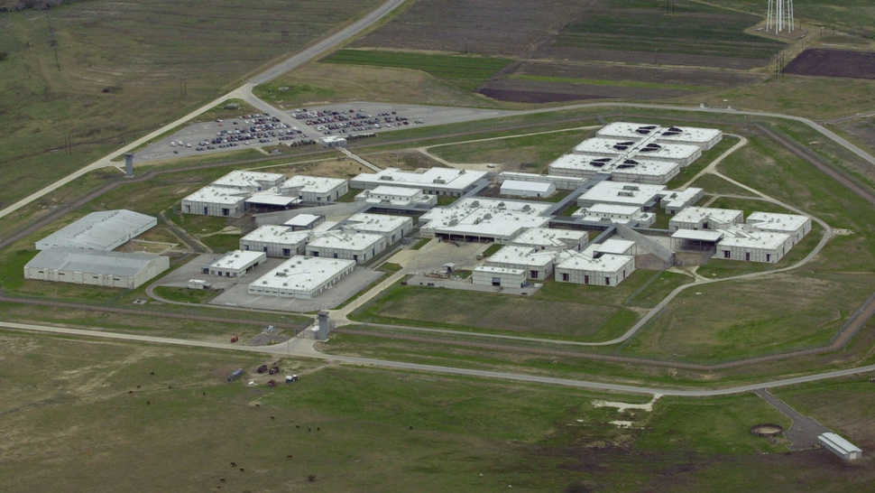 Peeing in Cups and Green Bologna: Life in the Texas Prison Without Water