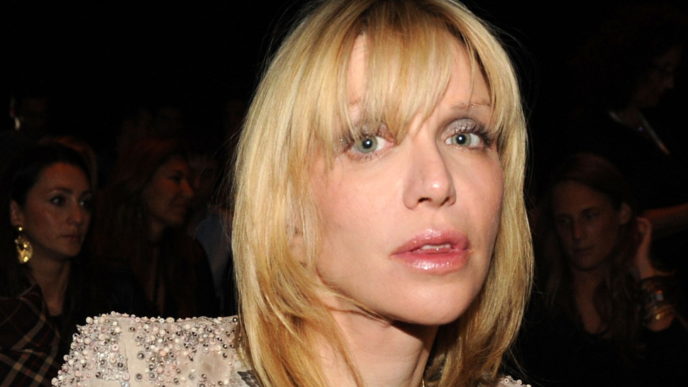 Melting Pile of Sadness Goo Courtney Love Allegedly Asked Her Assistant to Hire a 'Hacker'