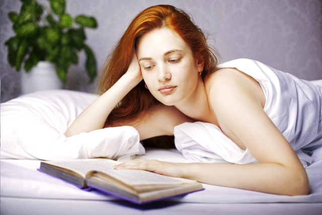 Try Not to Think About Your Nubile Teenage Daughter Reading Kinky Sex Books in Bed