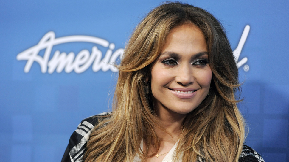 Jennifer Lopez Tells Ryan Seacrest She's Leaving <em>Idol</em> Too