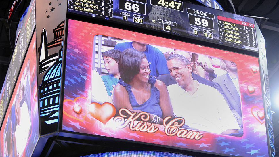 After Some Prodding, POTUS and FLOTUS Share Tender Moment on Kiss Cam