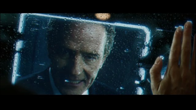 Bryan Cranston shows off his anger in his first Total Recall clip