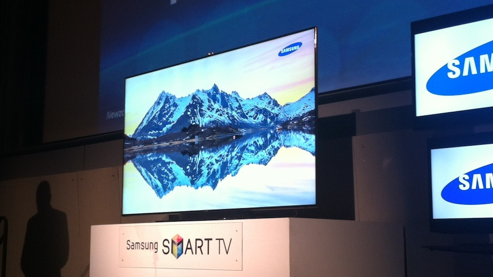 Click here to read You Want Samsung's Top TV? It'll Cost You Ten Grand and an Entire Wall