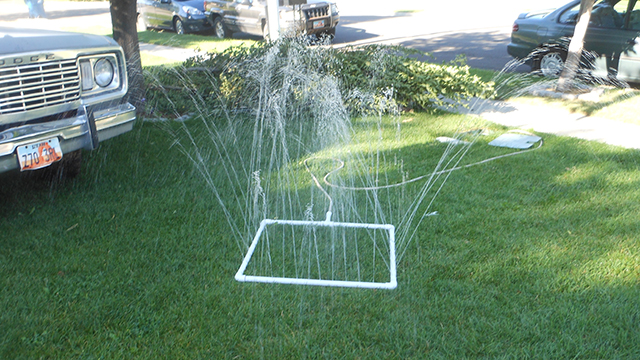 Click here to read DIY PVC Sprinkler Is Dirt Cheap, Fits Lawns of All Shapes and Sizes