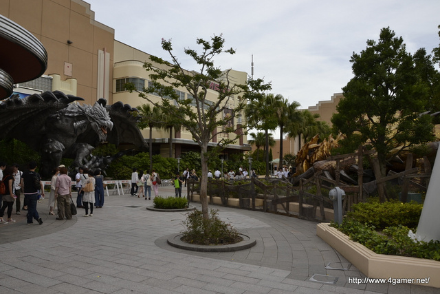 Giant Video Game Monsters Invade Universal Studios Japan