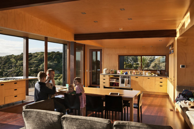 This Modern Wooden Beach House Was Built for Its Beautiful Views