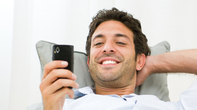 Dubious Bro Site Claims Most Men Never Get Tested for STDs, Some Sext 'For Attention'