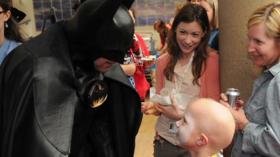 Children's Hospital Cancels Lamborghini Batman's Visit Because Of Aurora Shooting
