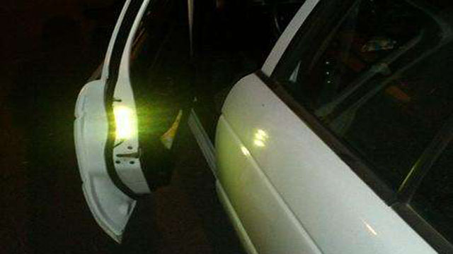 Click here to read DIY 'Door Open' Lights for Your Car