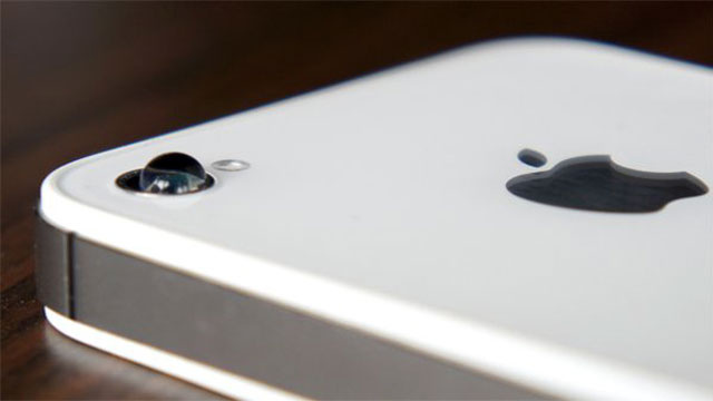 Take Macro Photos with Your iPhone Using a Drop of Water