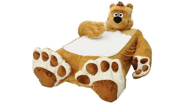 This Bed Gives Kids the Wrong Impression About Bear Encounters