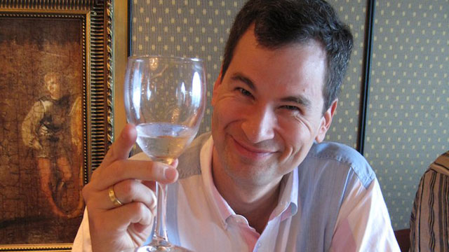 Click here to read BREAKING: David Pogue Has Lost His iPhone (UPDATE <strike>#2</strike> <strike>#3</strike> <strike>#4</strike> <strike>#5</strike> <strike>#6</strike> <strike>#7</strike> #8)