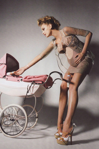 French Vogue And Ambivalent Modern Motherhood
