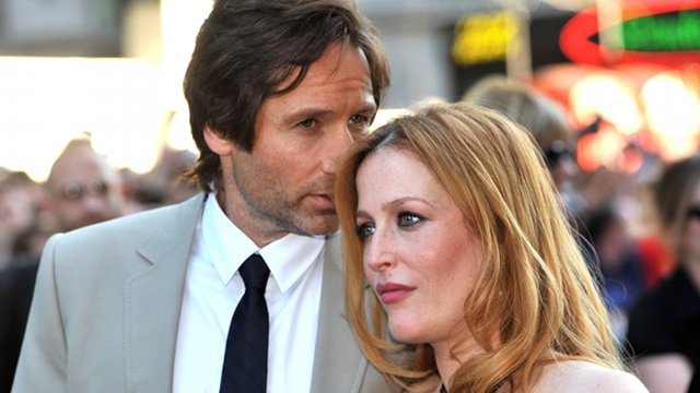 Gillian Anderson and David Duchovny Are Together, According to Mostly Speculative Report
