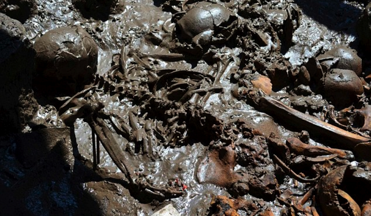Click here to read Incredible discovery of Aztec skeletons in ritualistic mass grave