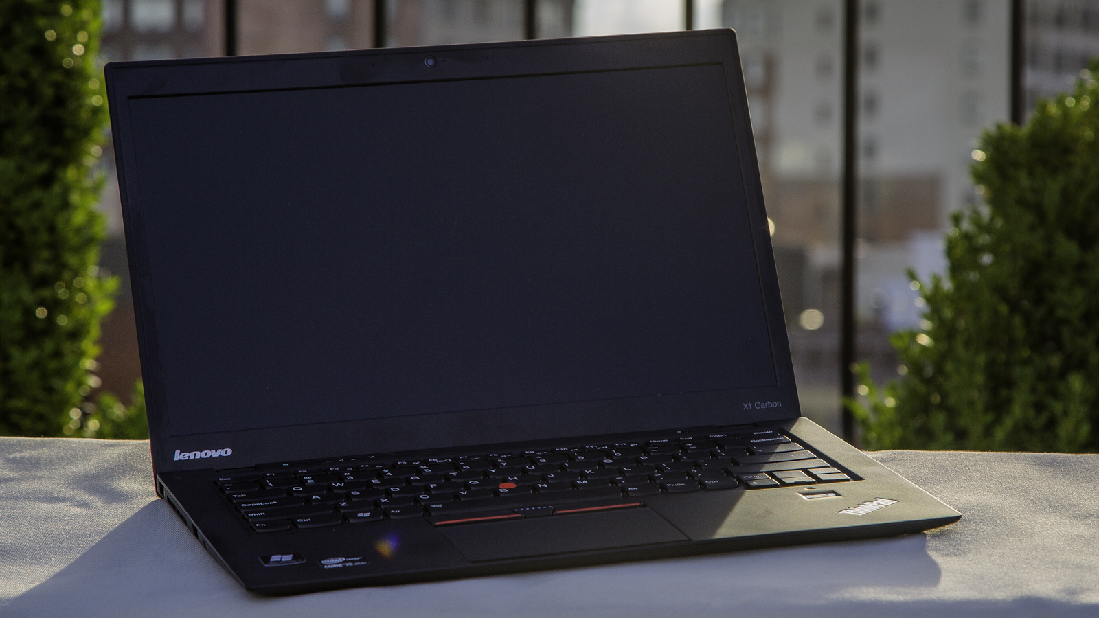 Click here to read Lenovo X1 Carbon: Holy Crap