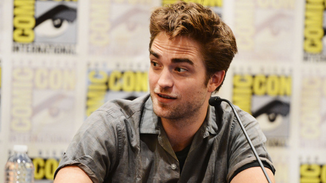 A Discussion: Our Robert Pattinson Experts Join Us In Comments to Decode His First Post-Kristen Interview Behavior