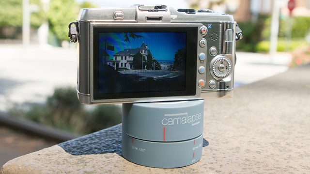 Stackable Timelapse Ticker Quickly Captures Perfect Panoramas