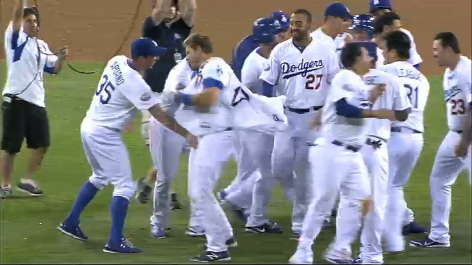 A.J. Ellis Hits Walk-Off Single For Dodgers, Teammates Take Tur…
