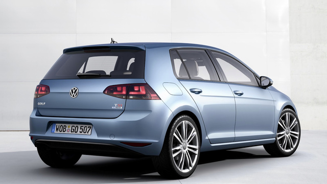 2014 Volkswagen Golf: First Photos