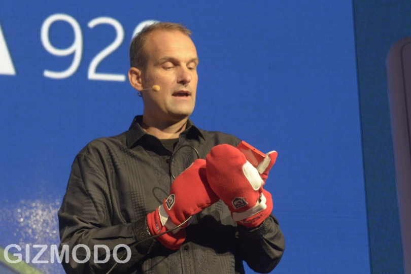 Click here to read The 5 Coolest Things about Nokia's PureMotion HD+ Display Technology