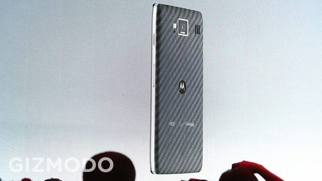 Motorola Droid RAZR HD: Beauty in a Kevlar Coat
