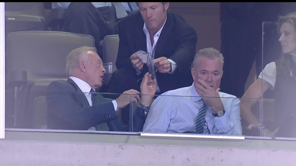 Jerry Jones, Job Creator, Has An Assistant Whose Job Is To Clean Jerry's Glasses