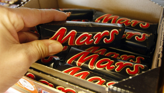BREAKING: Deep-Fried Mars Bars Unhealthy, Says Candymaker