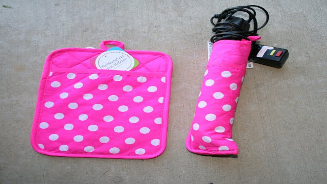 Click here to read Repurpose a Pot Holder Into a Flat Iron Case
