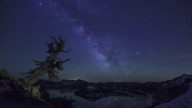 Click here to read America Never Looked More Stunningly Beautiful Than This Timelapse
