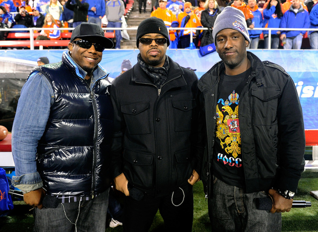 Aaron Rodgers Must Wear 49ers Jersey Because Of Bet With Boyz II Men