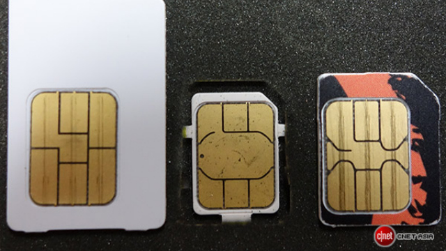 Click here to read You Can Totally Butcher Your SIM Card into a Nano-SIM If You're Insane
