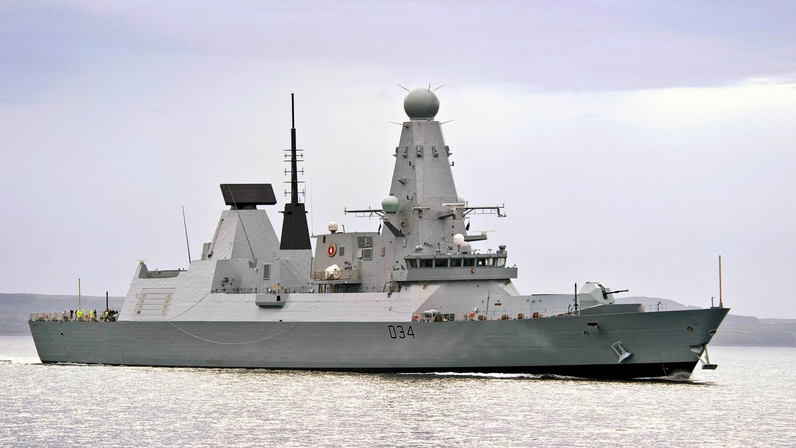 Click here to read Britain's Brand New �1 Billion Battleship Is a 152-Meter Mobile Missile Shield