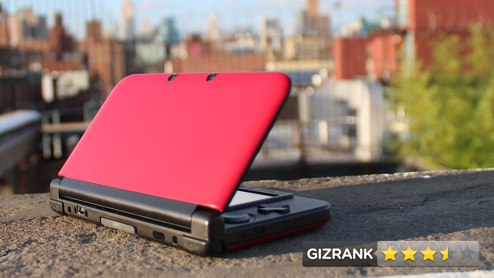 Click here to read Nintendo 3DS XL Review: Bigger Screen, Better 3D, Still Kinda Clumsy