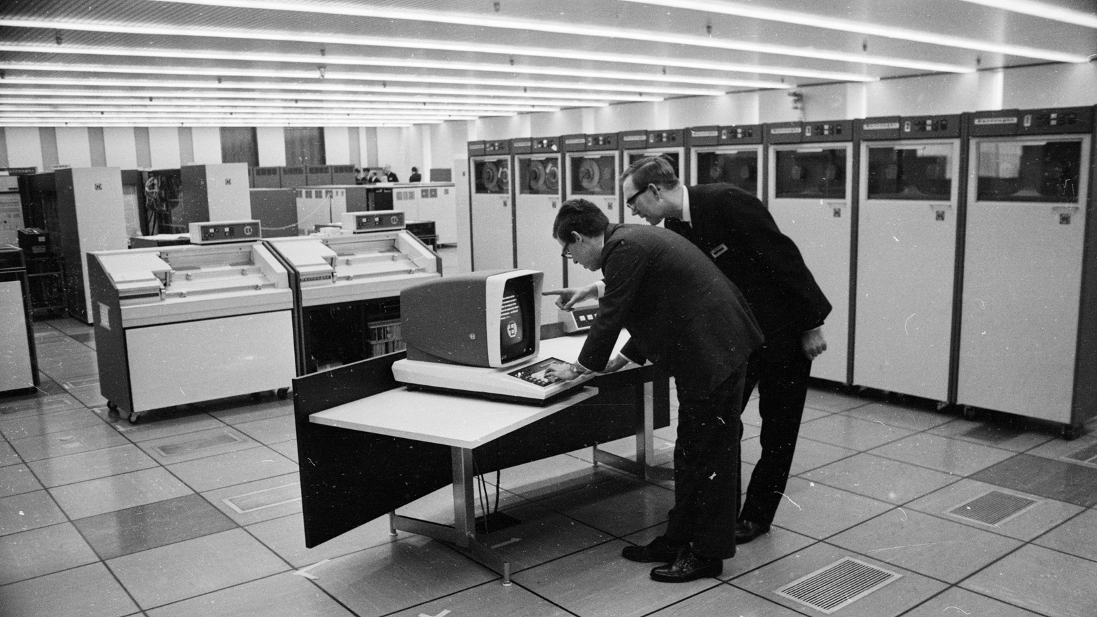 nasa in 1969 what did computers look like - photo #1