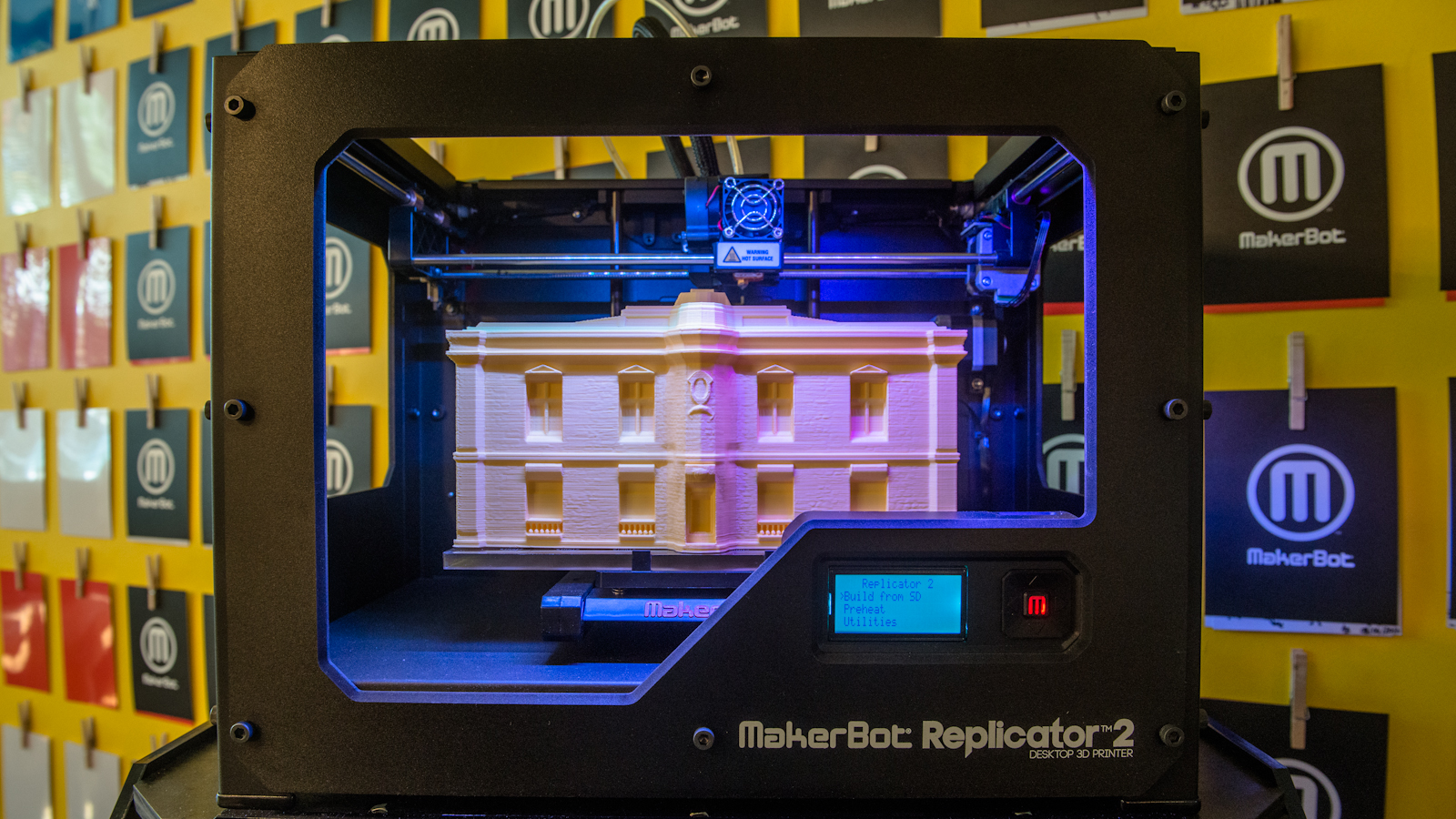 Click here to read The MakerBot Replicator 2 Prints A Bigger, More Detailed Chunk of Your Creative Genius