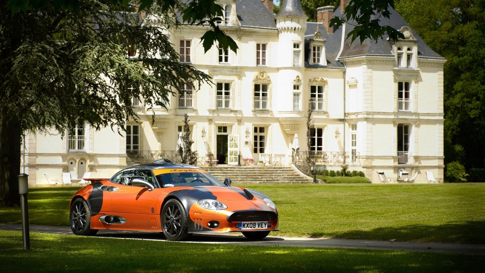 Would You Go On A Date With Your Cousin To Drive A Spyker?