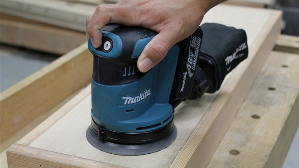 Click here to read Behold: A Cordless 5-inch Random Orbital Sander, the Unicorn of Power Tools