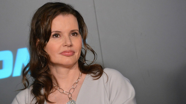 Geena Davis Cites The Feminist Implications of I Dream Of Jeannie