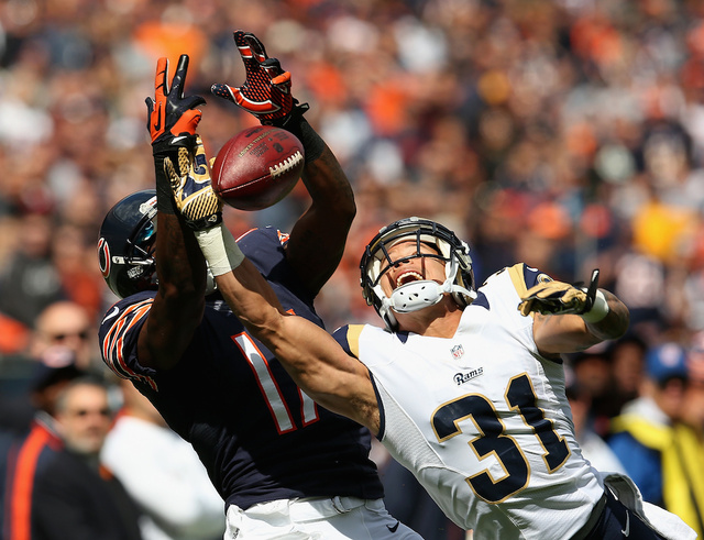 The Bears Were less Offensively Inept Than The Rams, In One GIF