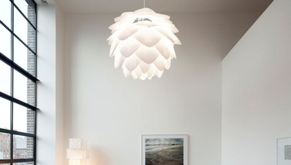 Click here to read Gorgeous Lamps Look Like They Were Swiped Straight From a Forest