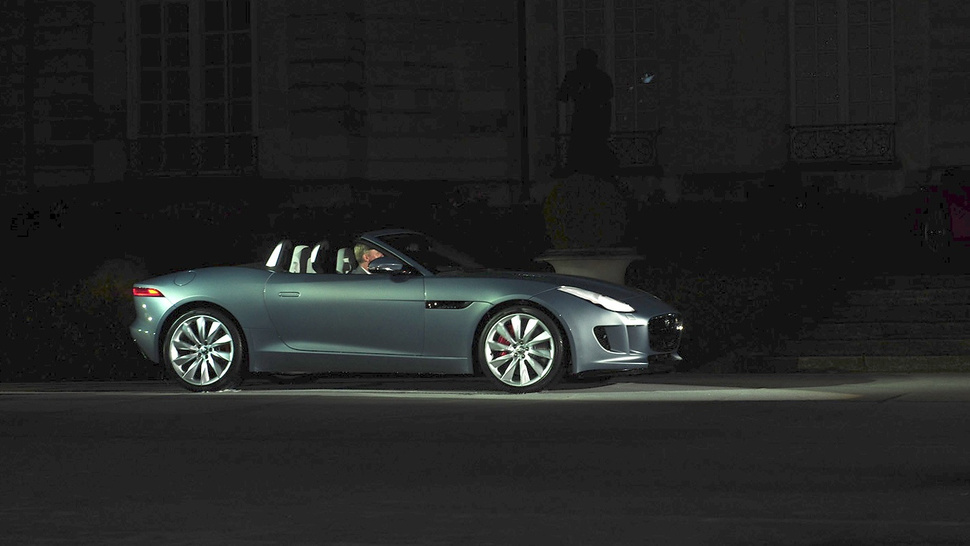 Jaguar F-Type: First Live Photos