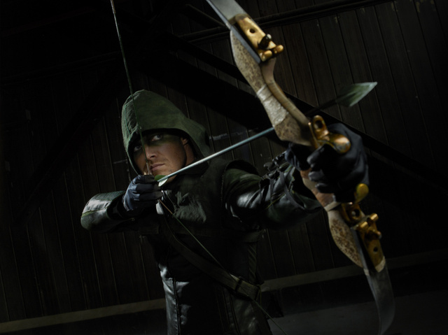 Arrow - Official Cast Photos