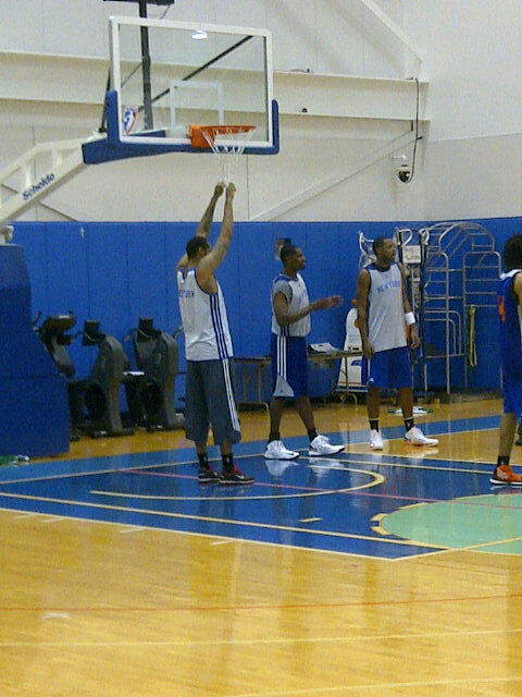 Rasheed Wallace Has Arrived At Knicks Camp. He's Wearing Clam D…