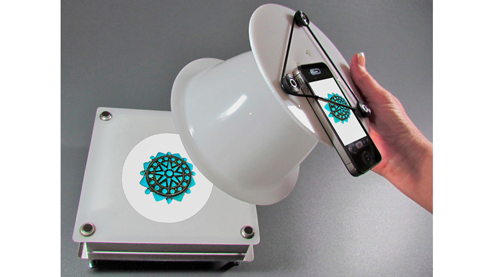 This White Plastic Bowl Turns Your Smartphone Into A Photography Studio