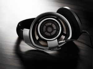 Ask One of the World's Top Headphone Engineers Whatever You Want